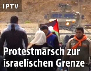 Palästinensische Demonstranten an der israelischen Grenze