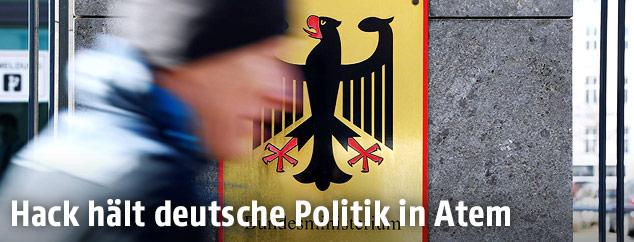 Der deutsche Bundesadler am Verteidigungsministerium