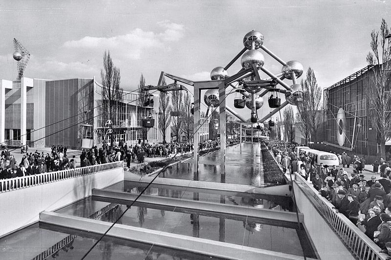 Besucher der Weltausstellung 1958 in Brüssel