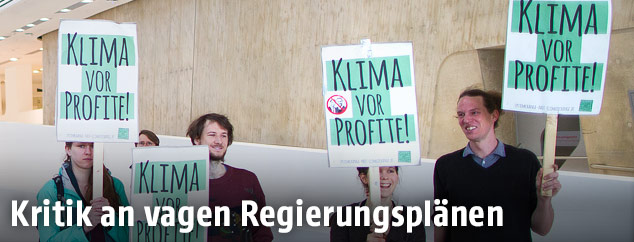 Demonstration in der WU Wien