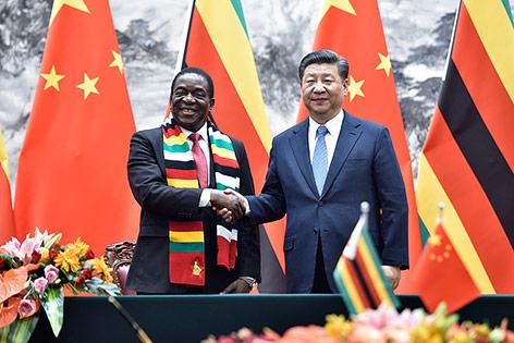 Emmerson Mnangagwa (Präsident Simbabwe) und Chinas Staats- und Parteichef Xi Jinping