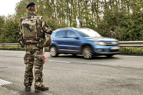 Grenzkonztollrn an französischer Grenze