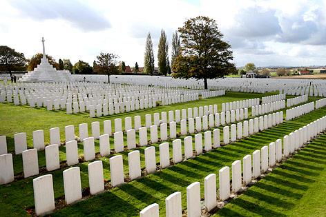 Soldatenfriedhof  in Ypern