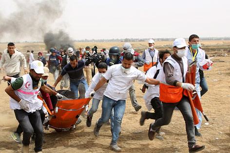 Rettungskräfte im Gazastreifen