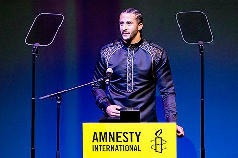US-Footballspieler Colin Kaepernick wird von Amnesty International geehrt