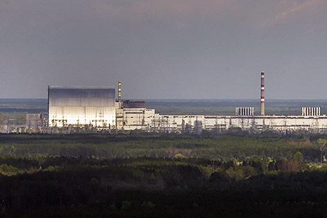 Neue Hülle für den Unglücksreaktor von Tschernobyl