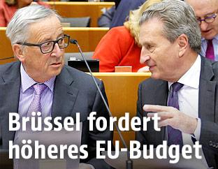 EU-Kommissionspräsident Jean-Claude Juncker und EU-Haushaltskommissar Günther Oettinger