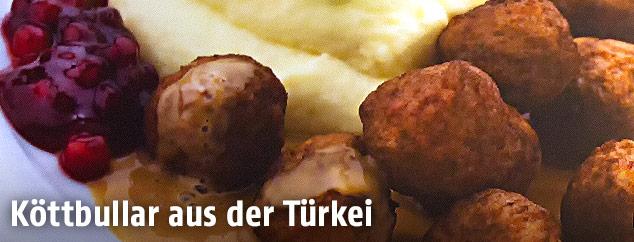 Kötbullar-Fleischbällchen