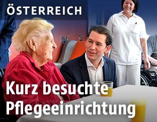 Bundeskanzler Sebastian Kurz (ÖVP) mit Bewohnern eines Pflegekrankenhauses
