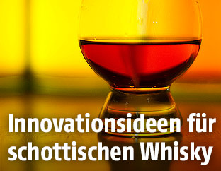Ein Glas Scotch Whiskey