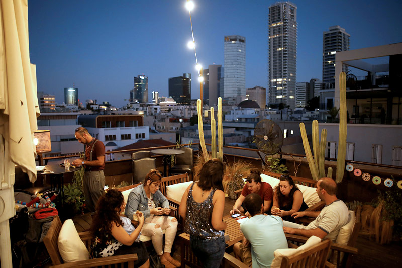Rooftop-Bar in Tel Aviv