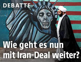 Graffiti an einer Hauswand im Iran