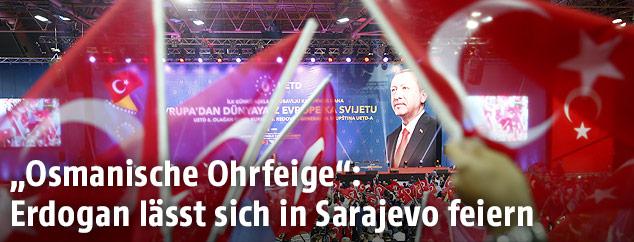 Anhänger des türkischen Präsidenten Tayyip Erdogan in Sarajewo