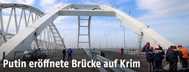 Bauarbeiten an der Krim-Brücke