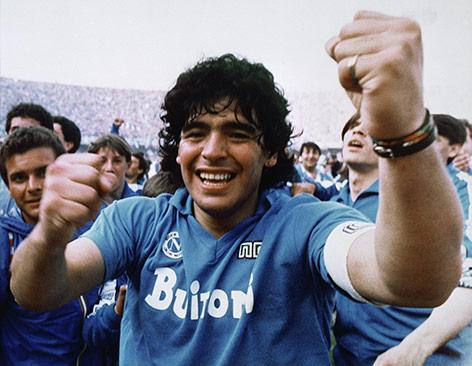 Arcihvbild aus dem Jahr 1987 von Diego Maradona während seiner aktiven zeit bei Napoli