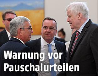 Roger Lewentz, Boris Pistorius und Horst Seehofer beim Innenministertreffen in Deutschland