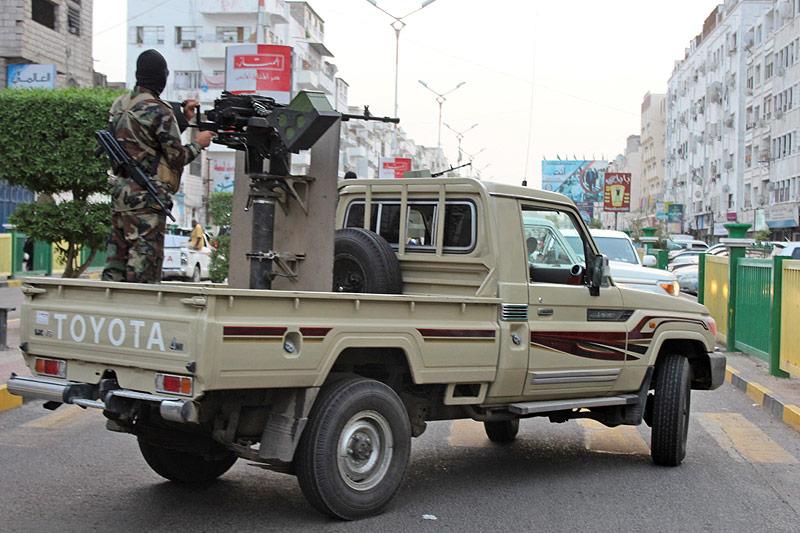 Militärfahrzeug in Hodeida (Jemen)