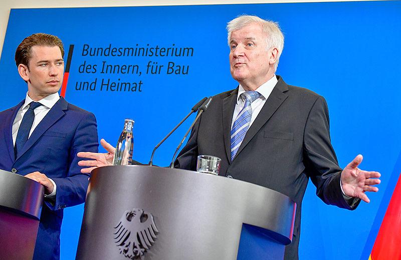Bundeskanzler Sebastian Kurz bei einem Treffen mit den deutschen Innenmister Horst Seehofer