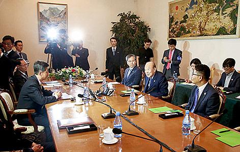 Treffen von nordkoreanischen und südkoreanischen Politiker