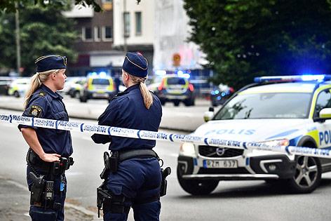 Polizistinnen am Tatort