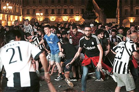 Massenpan in Turiner Innenstadt während des Champions-League-Finale 2017