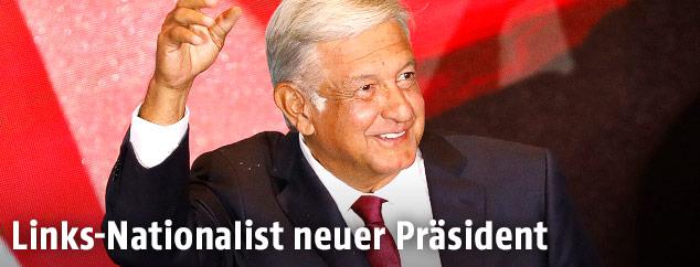 Links-Nationalist Andres Manuel Lopez Obrador