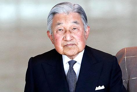 Gesundheitliche Gründe: Japans Kaiser sagt Termine ab