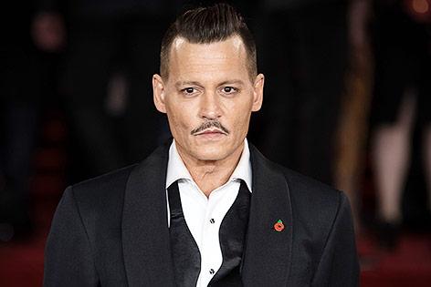 Schadenersatz: Ausraster am Set? Klage gegen Johnny Depp
