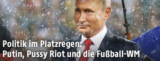 Der russische Präsident Vladimir Putin im Regen
