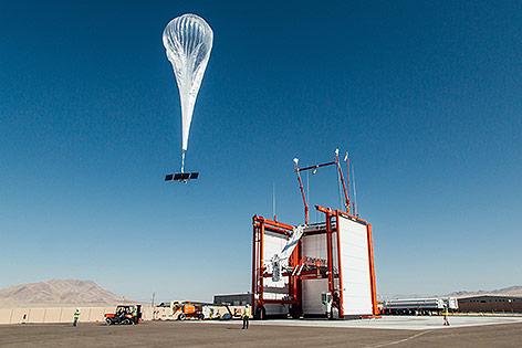solarbetriebenen Heliumballons von Googles Tochterfirma Loon