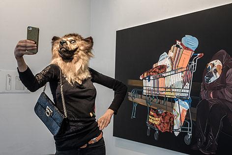 Bild der Ausstellung von Deborah Sengl