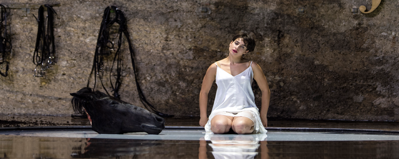 Asmik Grigorian als Salome