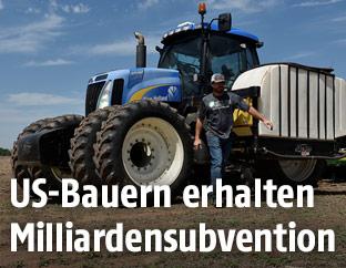 Traktor auf einem Feld in den USA