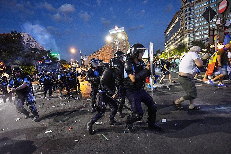 Zusammenstöße in Bukarest