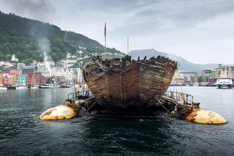 "Das gesunkene Segelschiff ""Maud"""