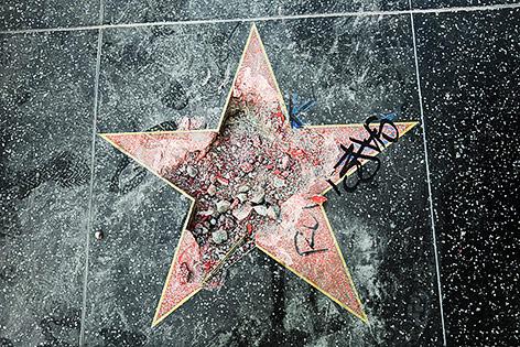 Zertrümmter Stern von Donald Trump auf dem Walk of Fame
