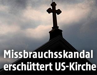 Kreuz auf einer Kirche in den USA