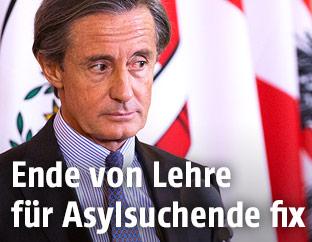 Regierungssprecher Peter Launsky-Tieffenthal