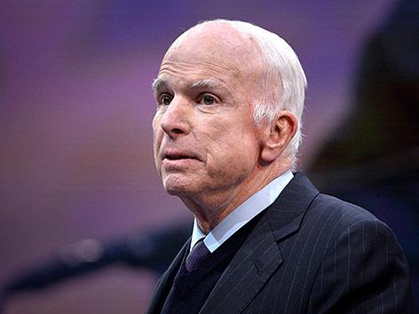 John McCain stellte Krebsbehandlung ein